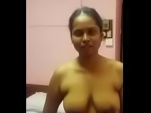 tamil aunty sexy boobs pic