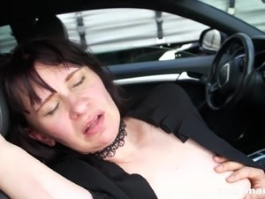 black wet lesbian licking pussy