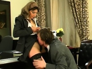 secretary babes pics