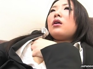 girl having orgasm on bus
