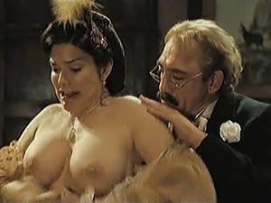 naked celebrities in the movies