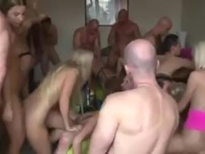 girls lesbian orgies
