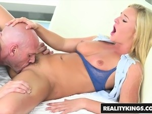 black milf tits and ass