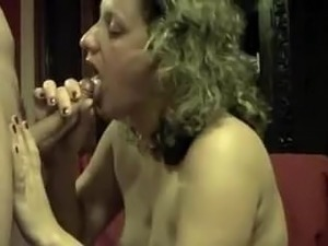 amateur dicksuck and cum in mouth