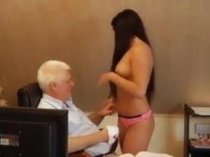 hien camera ches young girl masturbating