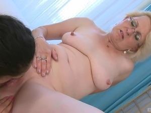 xhamster mature lesbian wife