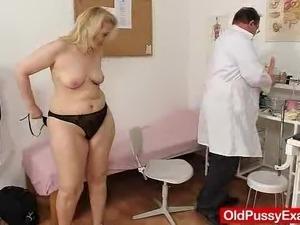 sexy pantyhose girls