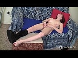 xhamster huge clitoris and pussy lips